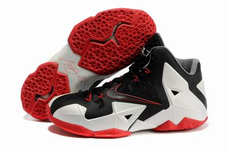 Lebron James XI Shoes-008