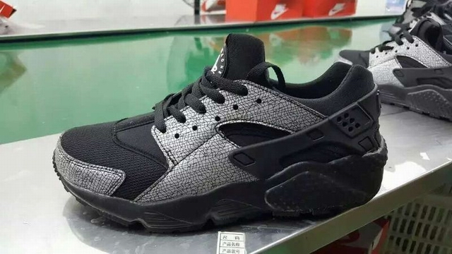 women Nike Air Huarache shoes-030