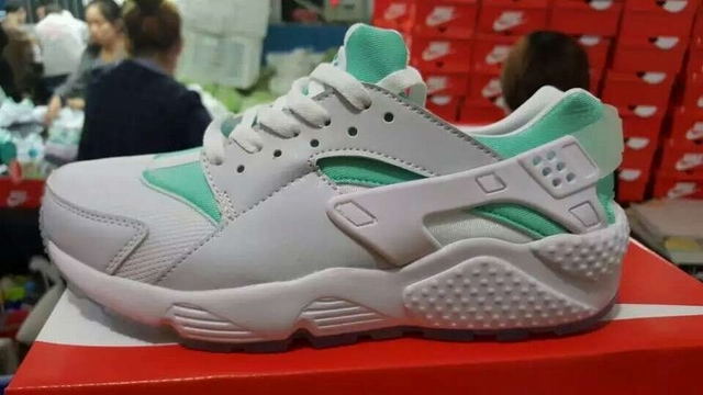women Nike Air Huarache shoes-035