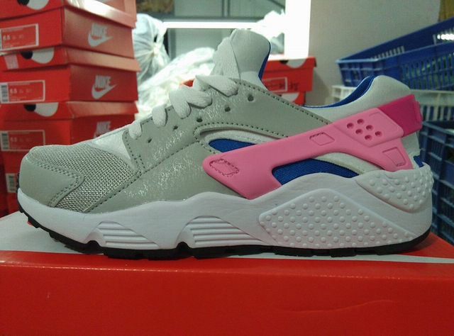 women Nike Air Huarache shoes-047